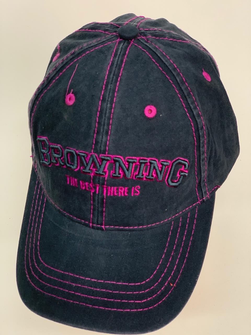 Бейсболка Browning черного цвета с малиновой прострочкой