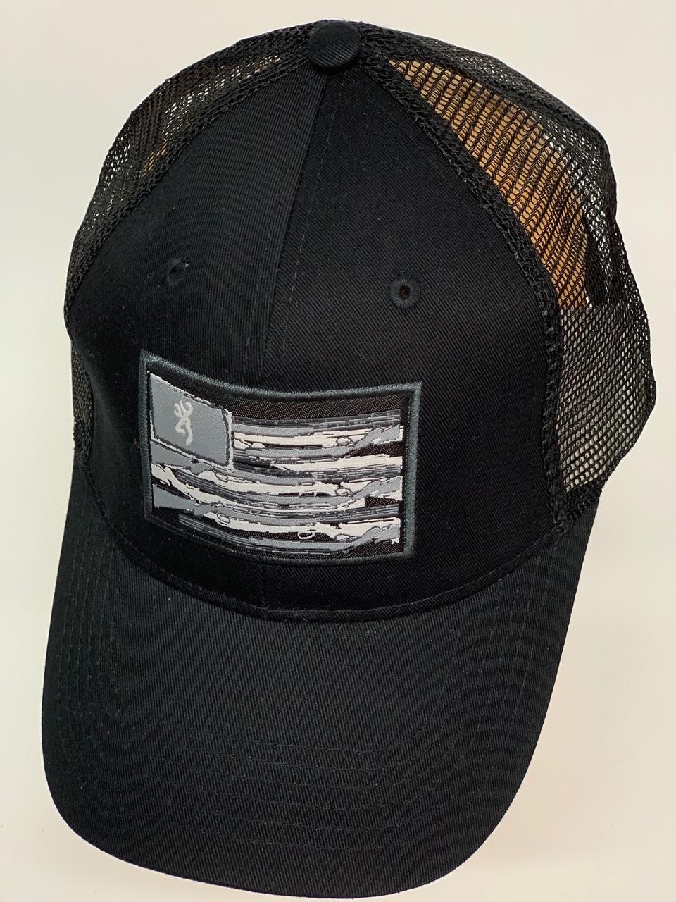 Бейсболка Browning черного цвета с нашивкой на тулье и сеткой