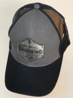 Бейсболка Browning с серебристой нашивкой и черным козырьком