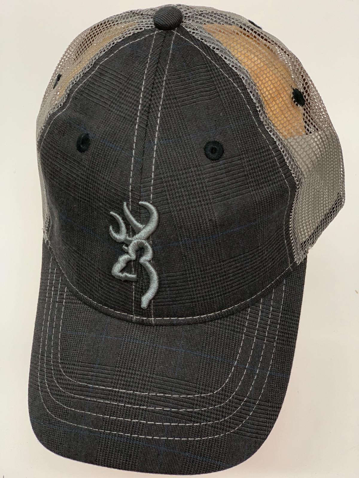 Бейсболка Browning с серой сеткой и вышивкой