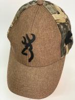 Бейсболка Browning светло-коричневого цвета с камуфляжным тылом