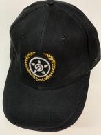 Бейсболка черного цвета со стилизованной звездой
