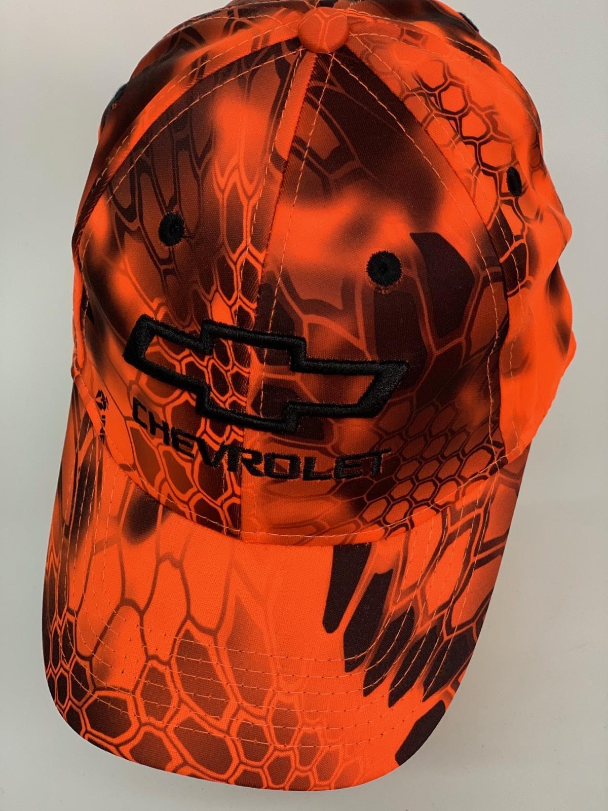 Бейсболка Chevrolet оранжевый камуфляж питон