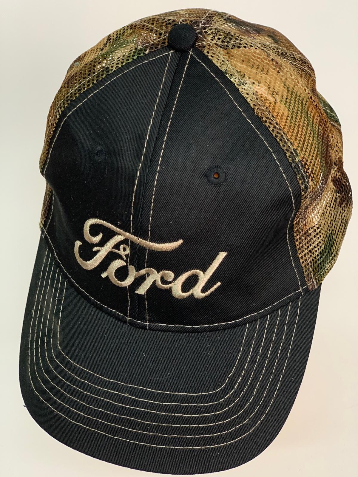 Бейсболка Ford с камуфляжной сеткой