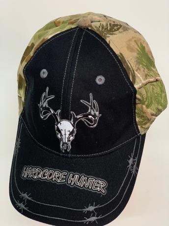 Бейсболка Hard Core Hunter черного цвета с камуфляжным тылом
