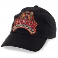 Байкерская бейсболка Harley-Davidson с большой тематической вышивкой-аппликацией. Не всё же время в шлеме ходить…