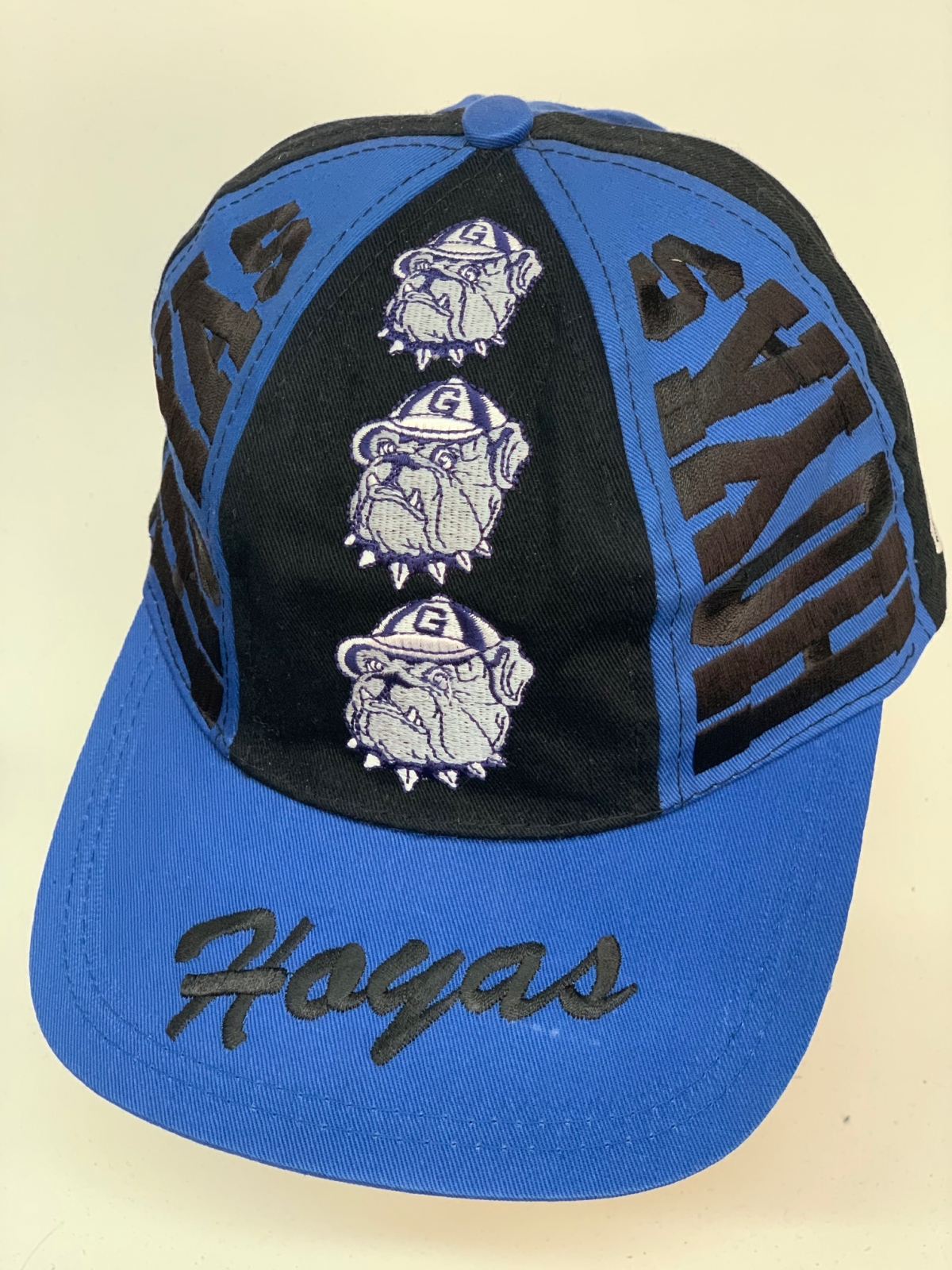 Бейсболка Hoyas синего и черного цвета