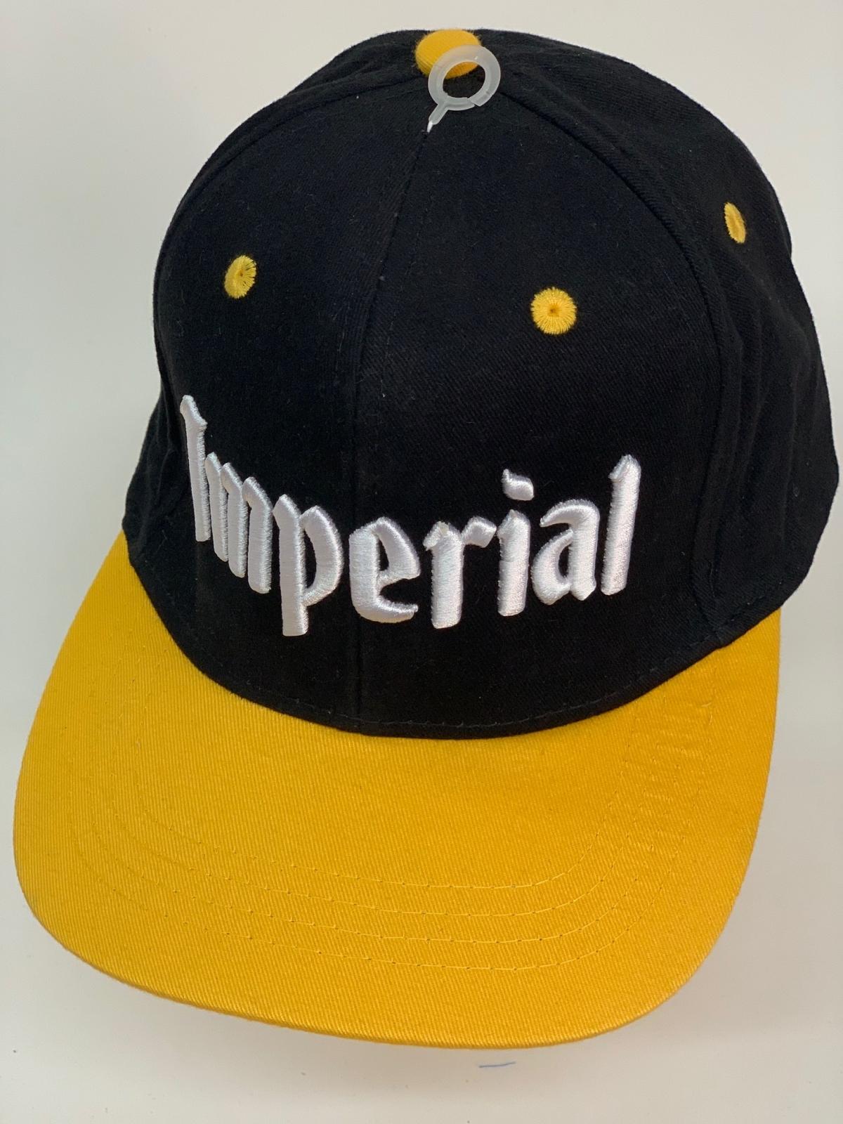 Бейсболка Imperial черного цвета с желтым козырьком
