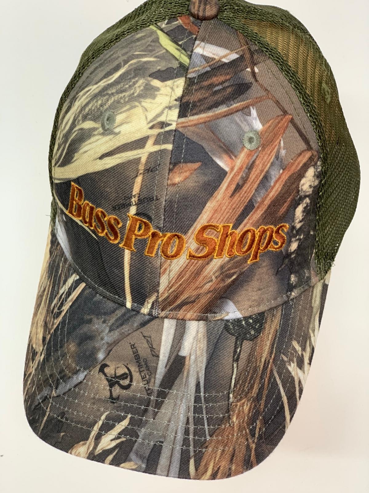 Бейсболка камуфляж Bass Pro Shops с оливковой сеткой и вышивкой