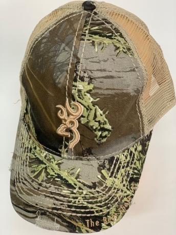 Бейсболка камуфляж Browning с бежевой вышивкой и сеткой