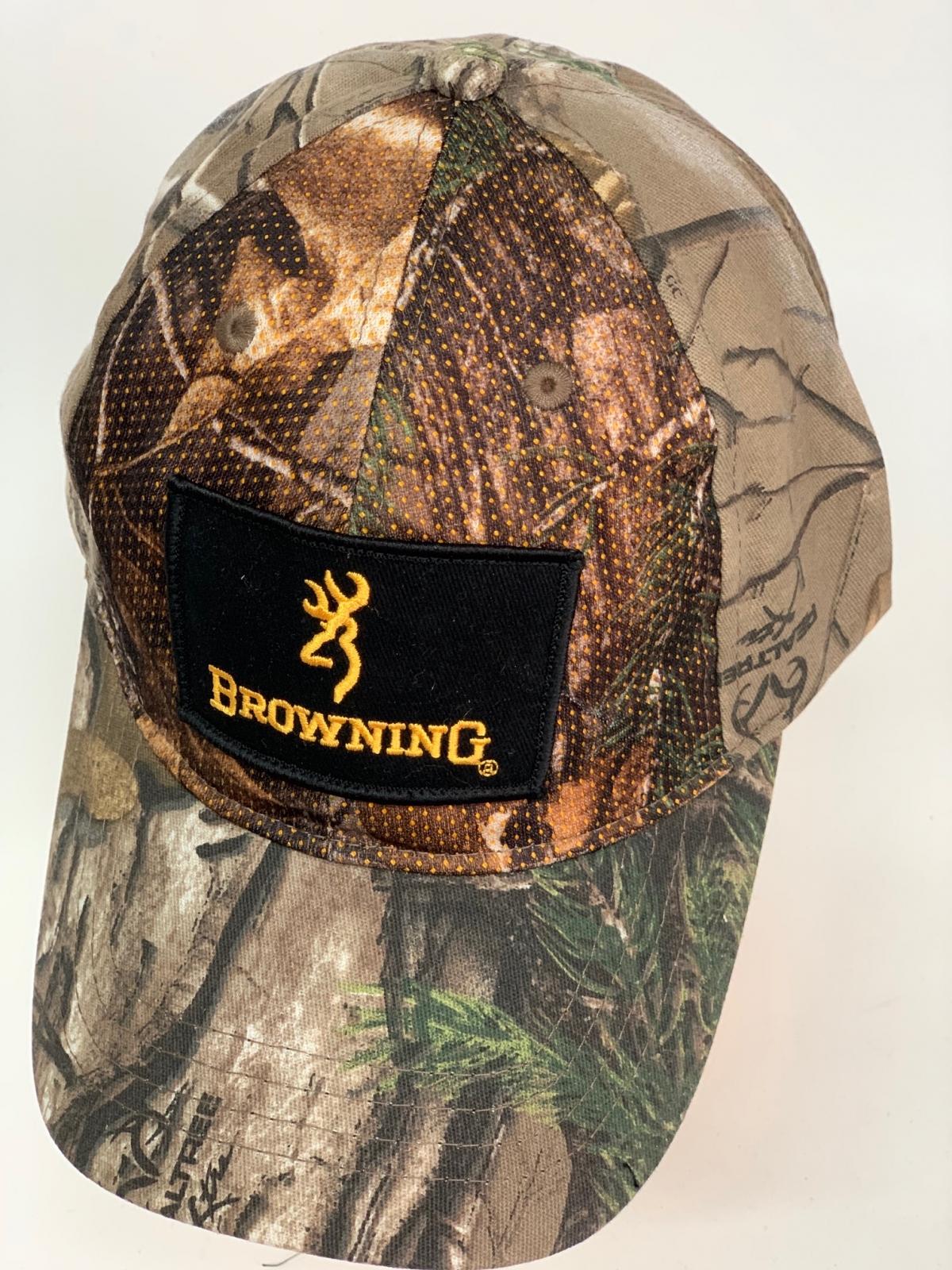 Бейсболка камуфляж Browning с черной нашивкой