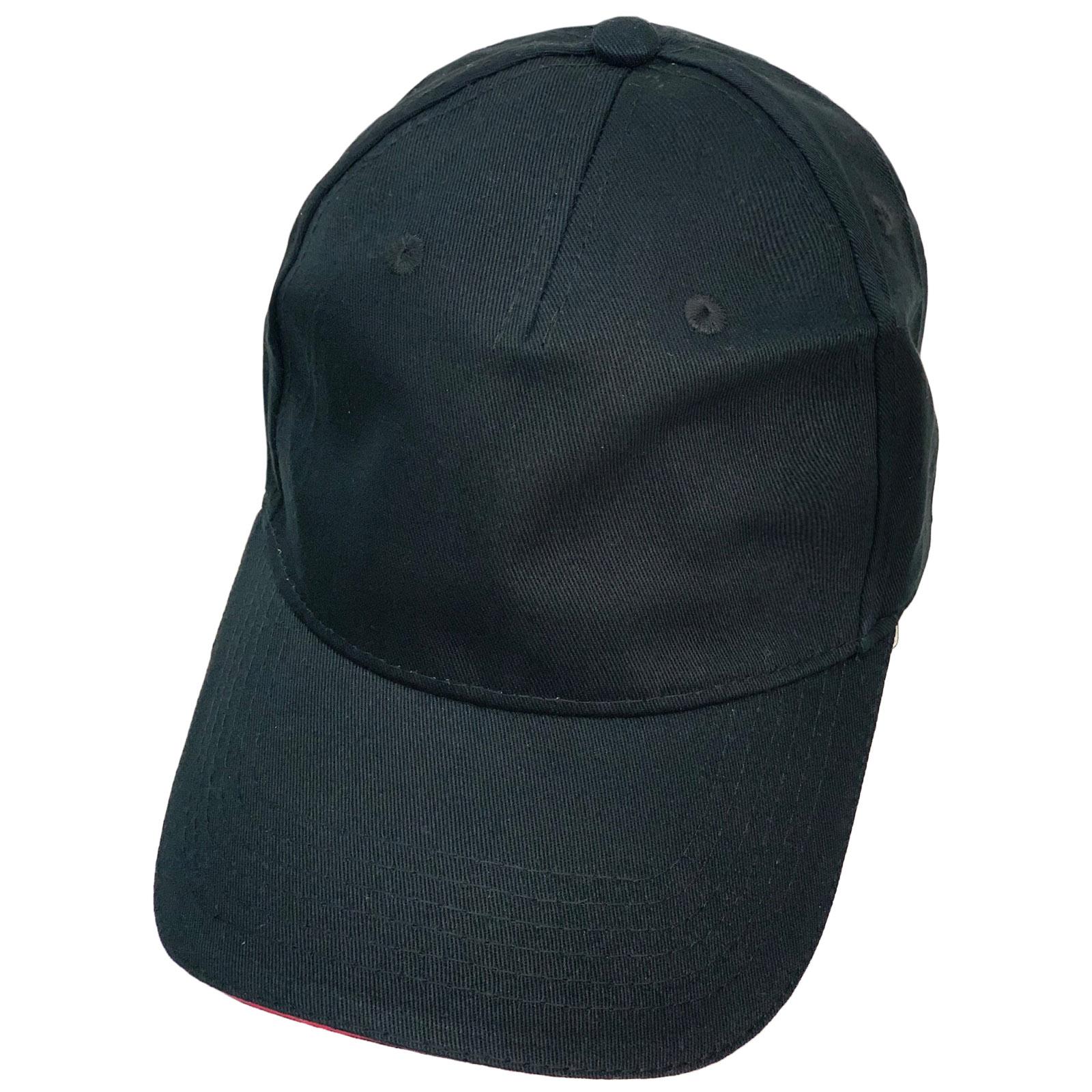 Бейсболка классического кроя черного цвета с красной каймой