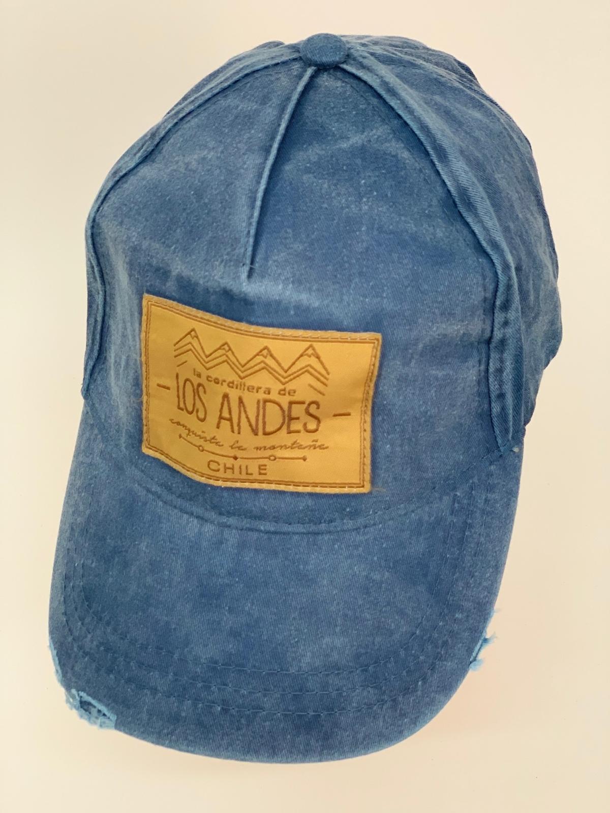 Бейсболка Los Andes и джинсовой ткани