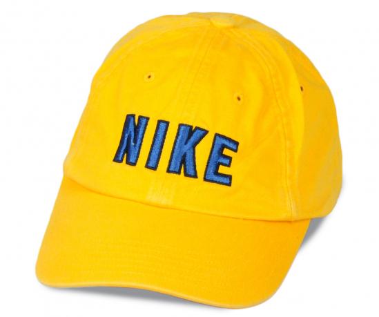 Бейсболка насыщенно-желтого цвета