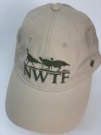 Бейсболка NWTF белого цвета с вышитыми индейками