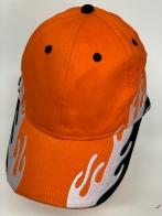 Бейсболка оранжевого цвета с пламенным декором