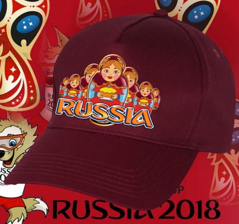Колоритная бейсболка с русскими матрешками