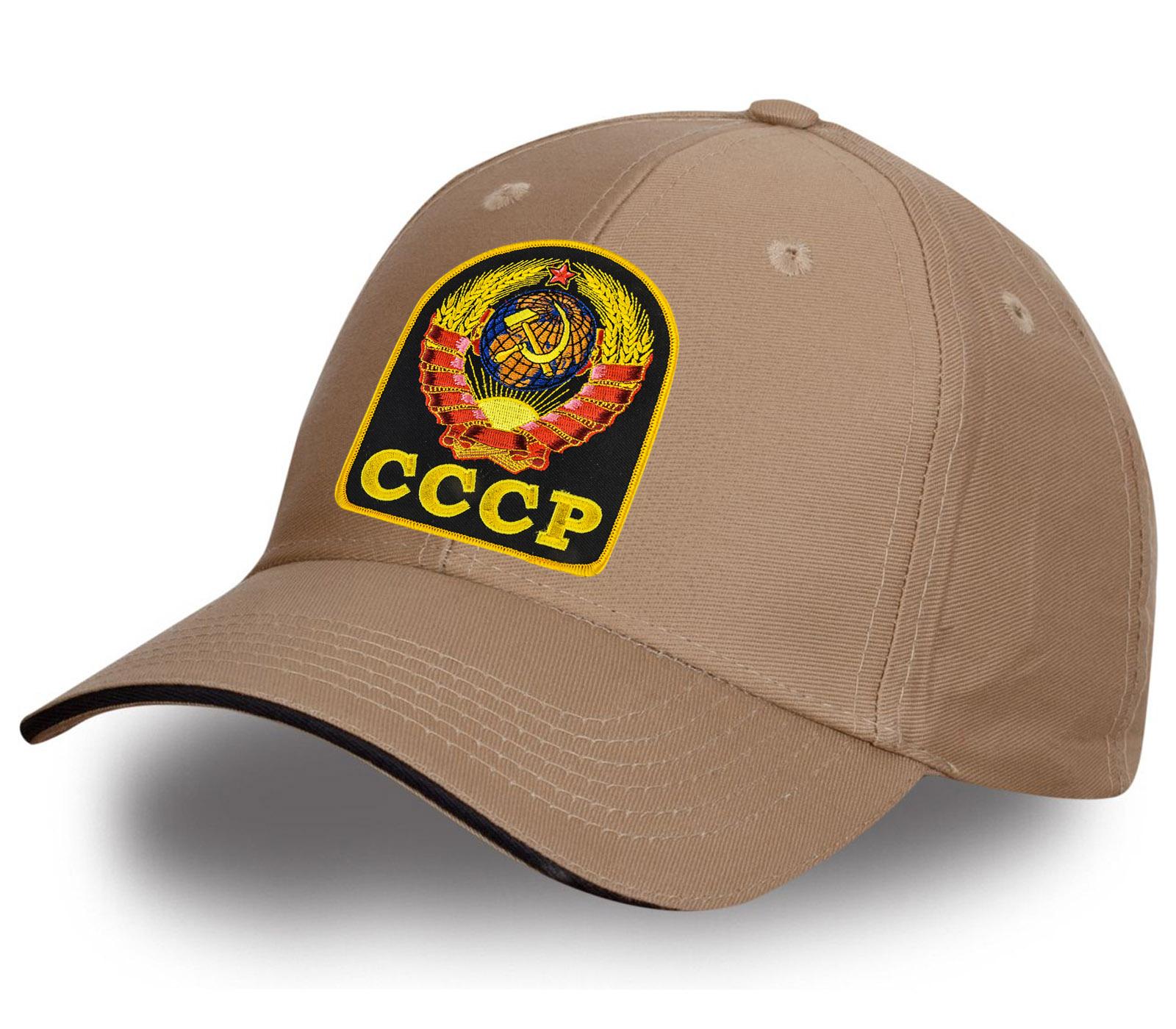 Бейсболка с авторской вышивкой СССР.
