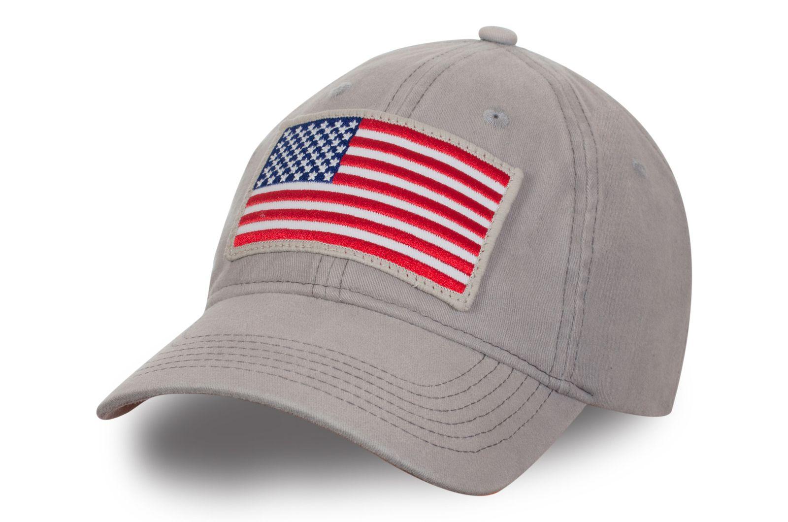 """Бейсболка с нашивкой """"Флаг США"""" - купить недорого"""