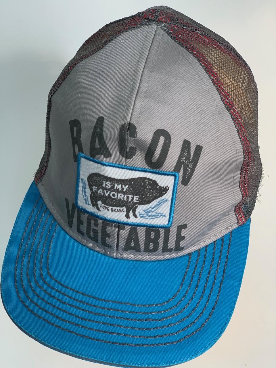 Бейсболка с принтом BACON IS MY FAVORITE VEGETABLE