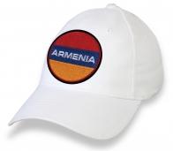 Бейсболка с вышитым флагом Армении