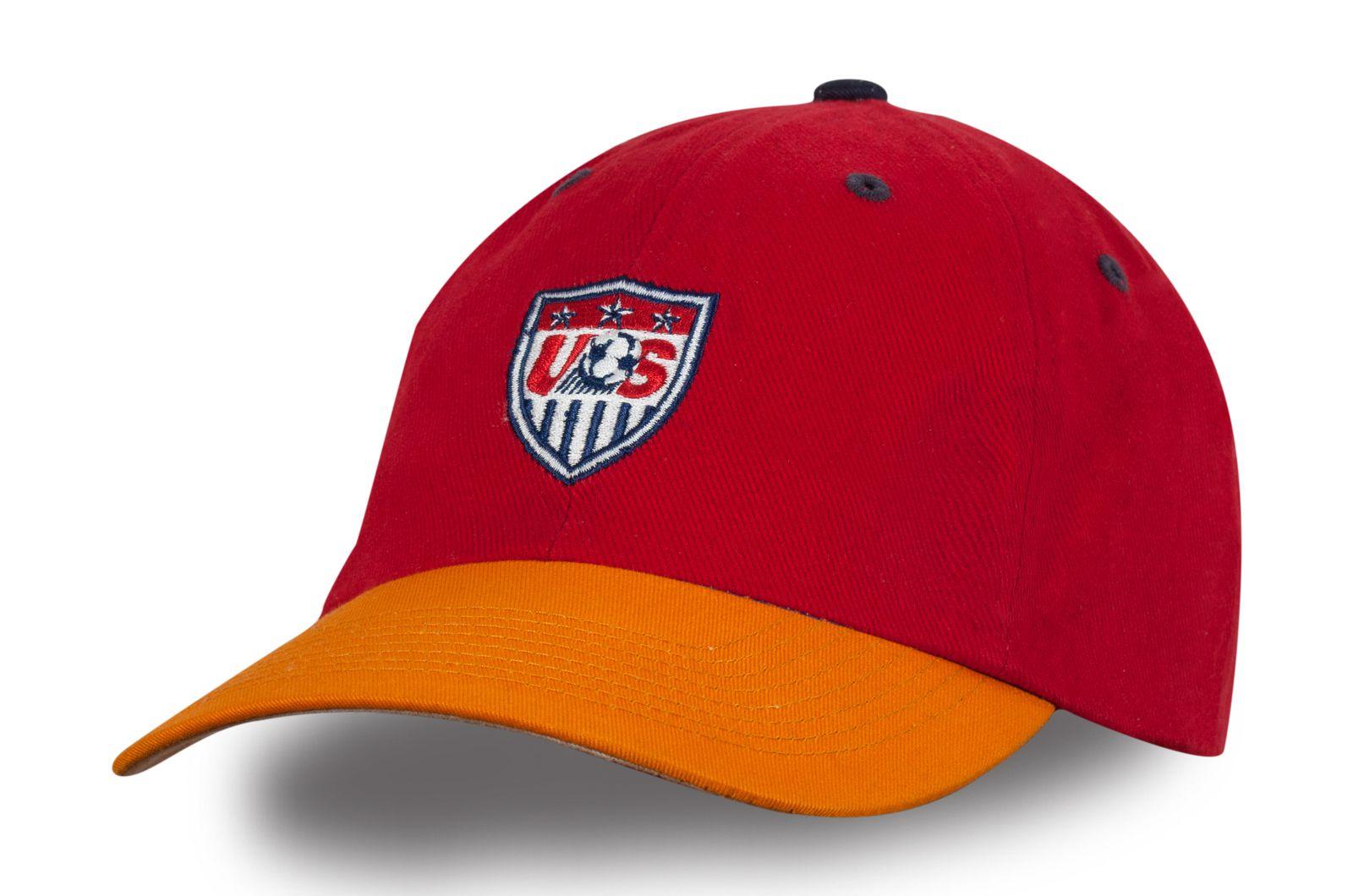 Бейсболка со спортивным логотипом   Купить спортивные бейсболки