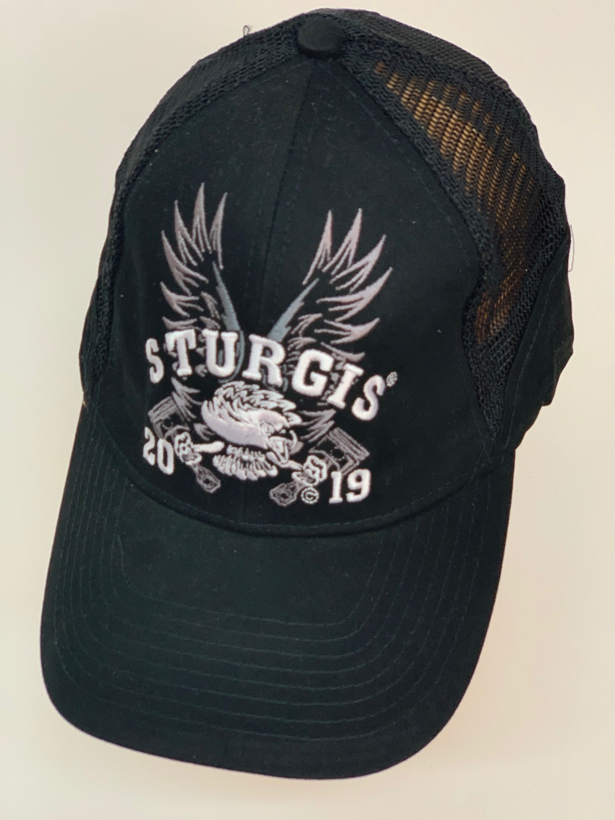 Бейсболка Sturgis с вышитыми крыльями байкеру