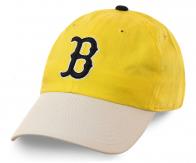 Бейсбольная кепка жизнерадостного цвета. Яркие тона, отличный пошив