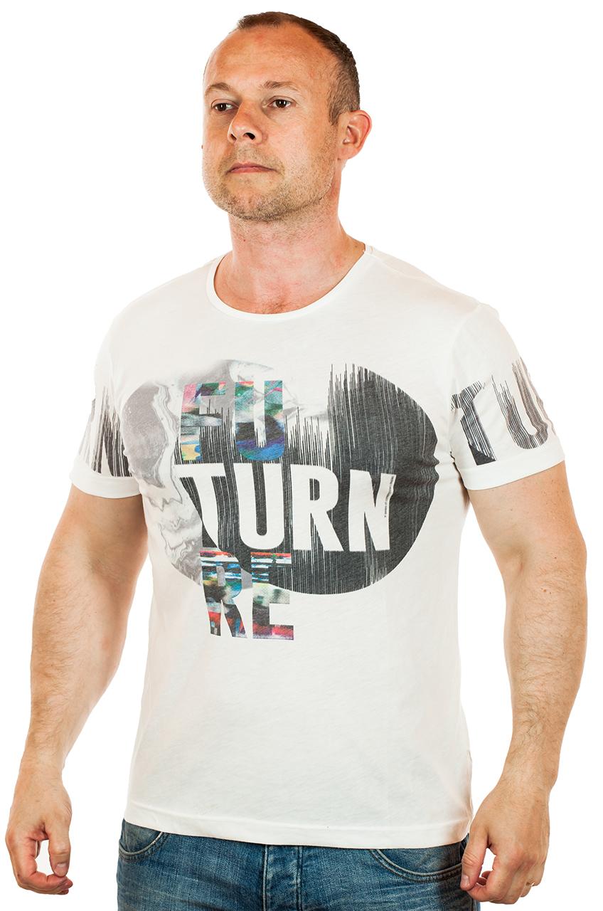 Мужская повседневная футболка белого цвета