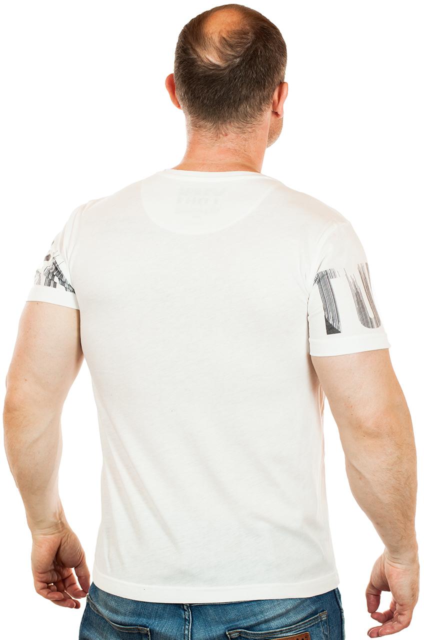 Белая мужская футболка Max Young Men с нетипичным геометрическим принтом