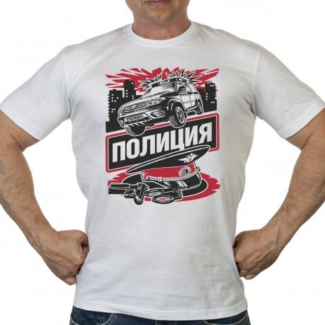 Белая мужская футболка с цветным принтом «Полиция»