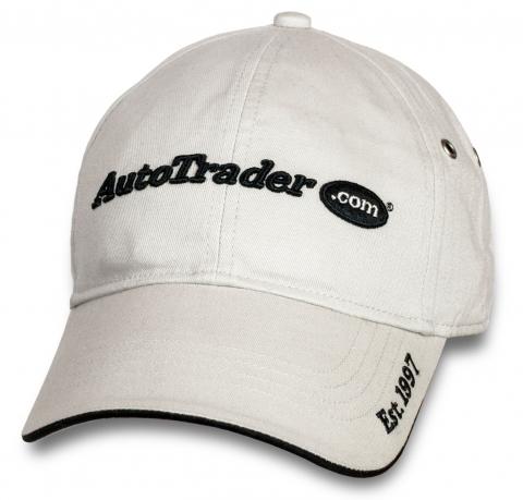 Белая кепка-бейсболка AutoTrader.