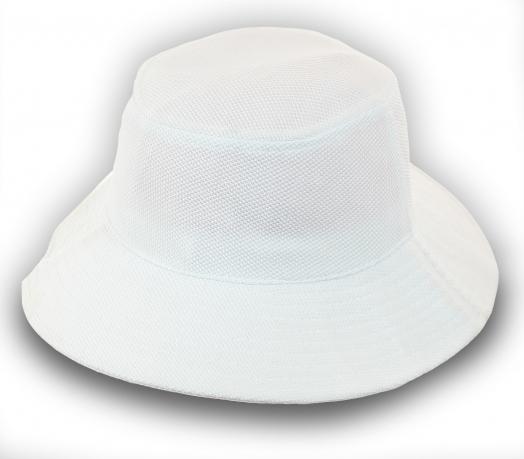 Белая панама - универсальный головной убор. Любите практичные вещи? Заказывайте!