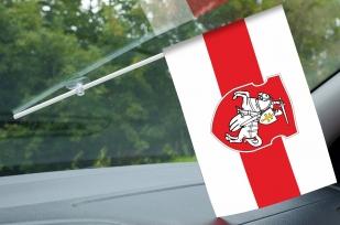 Бело-красно-белый флаг Беларуси на авто (с Погоней)