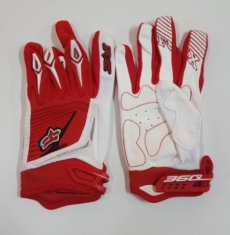 Бело-красные зачетные перчатки от Clarino