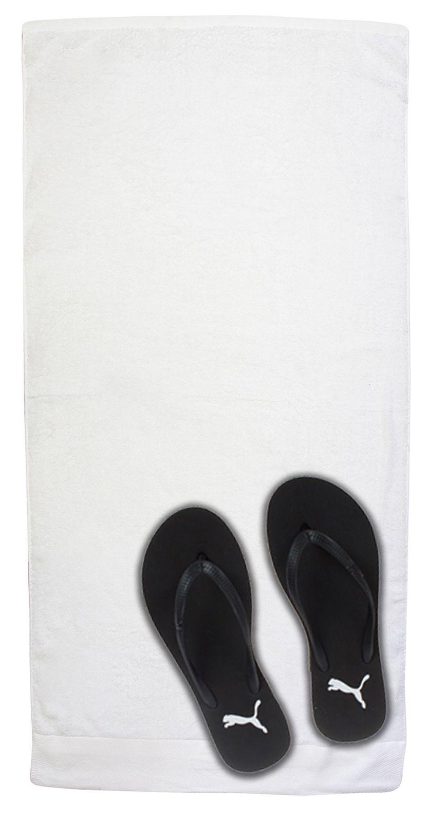 Белое махровое полотенце для пляжа