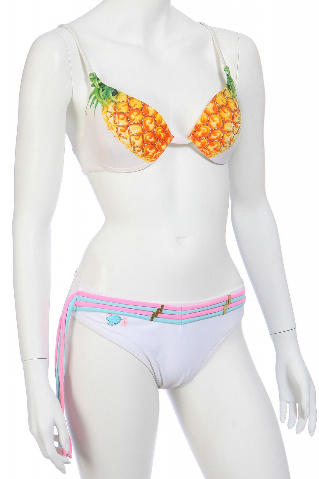 Белый купальник с ананасами