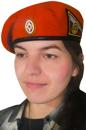 Берет МЧС с кокардой и нашивкой