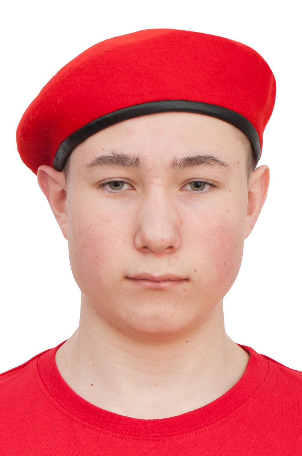 Заказать в Москве красный берет юнармейца