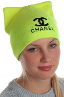 Безукоризненная шапка Chanel с ушками как у кота насыщенного колера