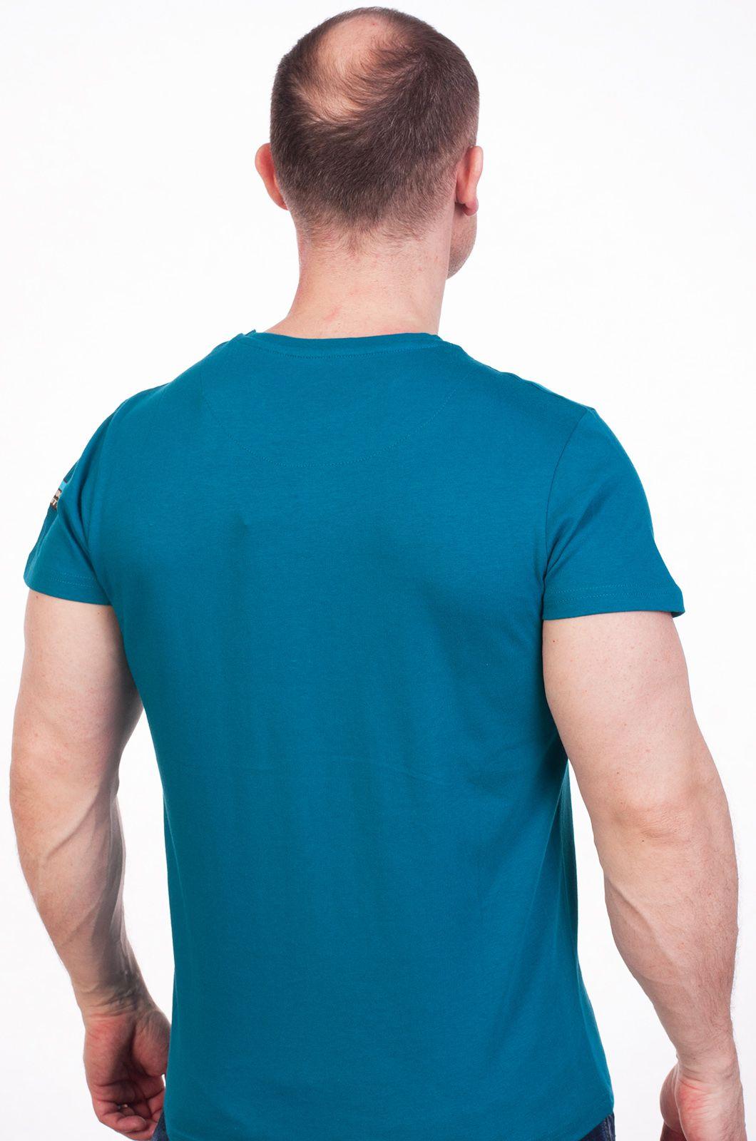 Бирюзовая футболка