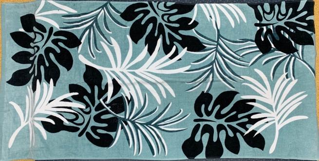 Большое полотенце с растительным узором