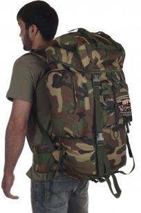Заказать большой камуфляжный рюкзак с нашивкой Охотничьих войск