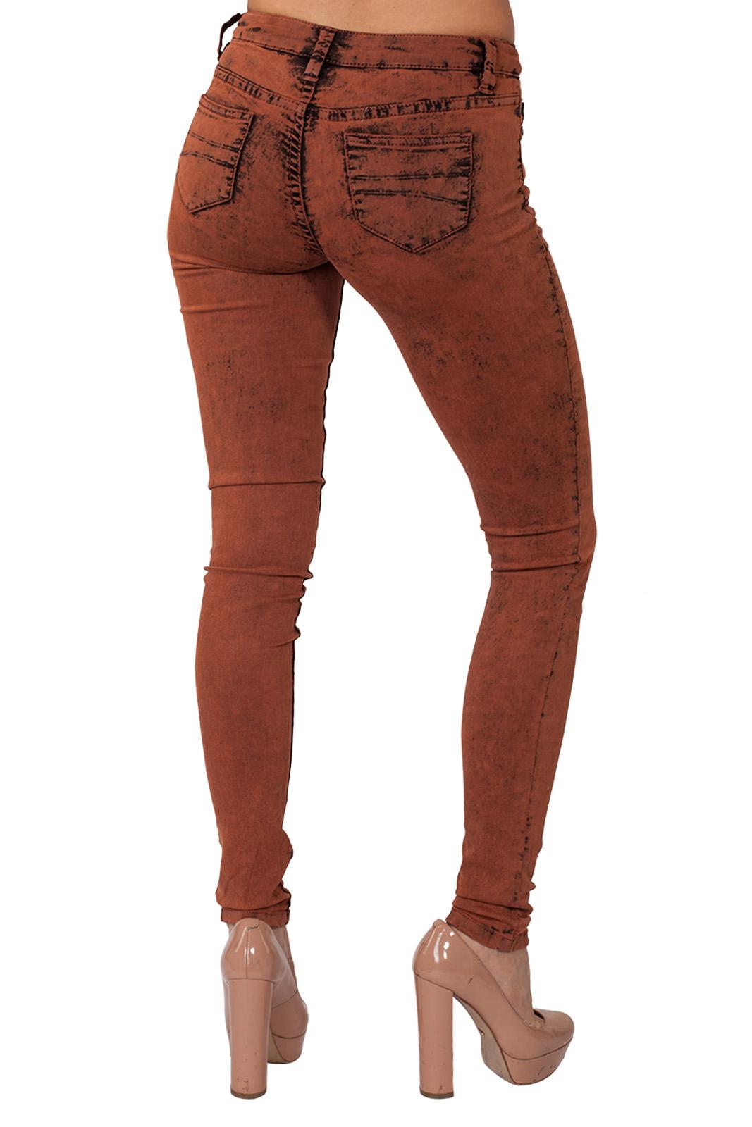 Бомбические женские джинсы скинни NONAME с эффектом ржавчины.