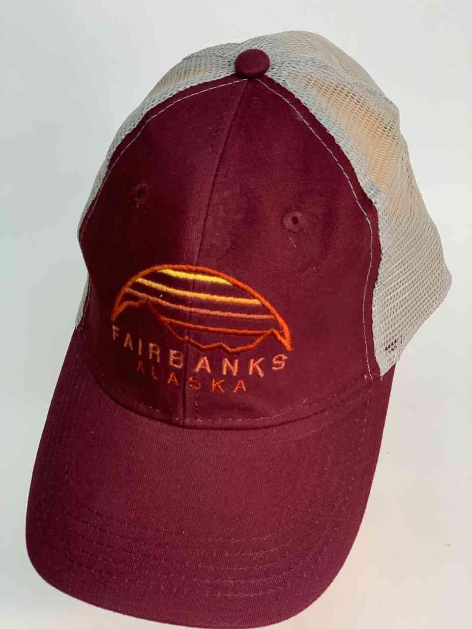 Бордовая кепка с сеткой FAIRBANKS ALASKA