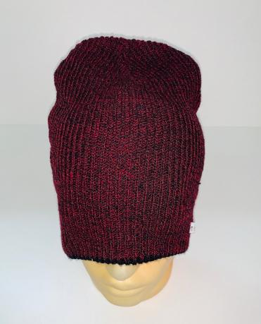 Бордовая модная шапка