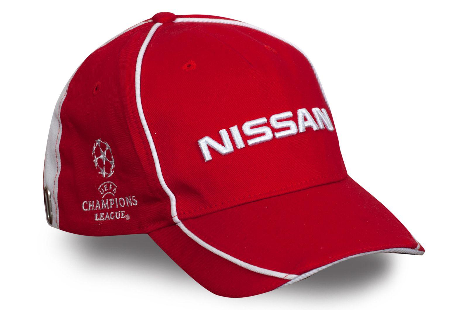 Брендовая бейсболка Nissan