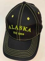 Брендовая бейсболка с жёлтой отделочной строчкой ALASKA