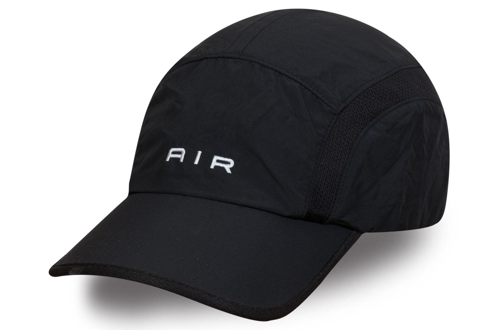 Брендовая кепка черная