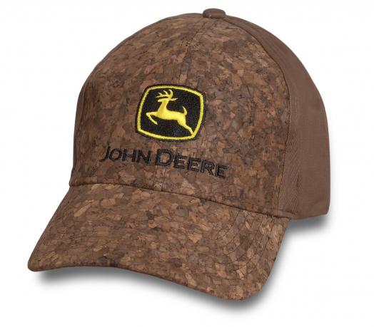 Брендовая кепка от JOHN Deere